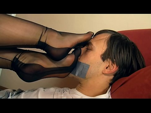 Worshipping Extremely Beautiful Young Mistress Feet Xnxx Com