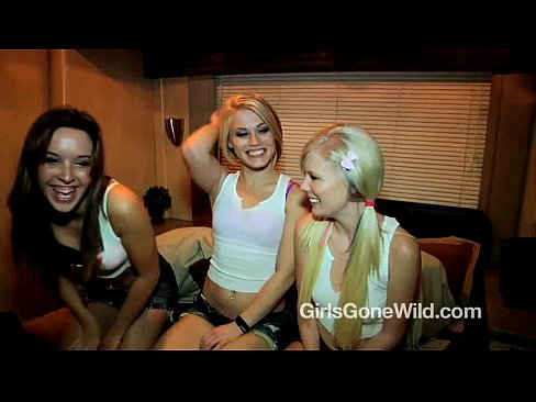 Lesbian Threesome FULL SCENE - 3 Horny College Girls Have Girl on Girl Sex