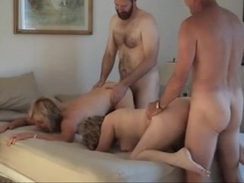 Mary Ann-MILF Swinger Part 1