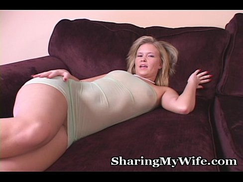 Enormous Dildo Stuff In Her Tight Hole