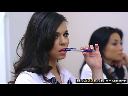 Brazzers - Big Tits at School - Nekane Sweet Chris Diamond - Tomar Notas
