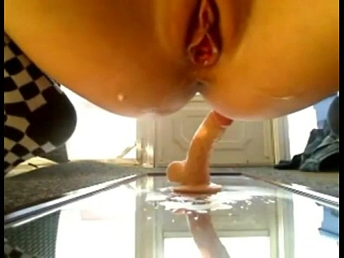 Huge squirt load from amateur teen
