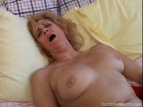 Older Women Love Cum
