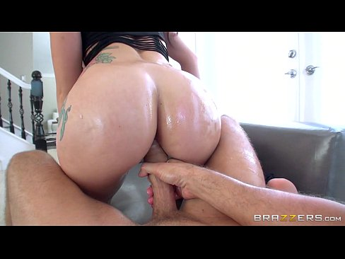 Brazzers - Mandy Muse loves taking it in the ass