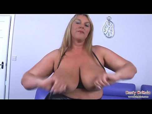Charming topic milf in mini skirt xhampster videos