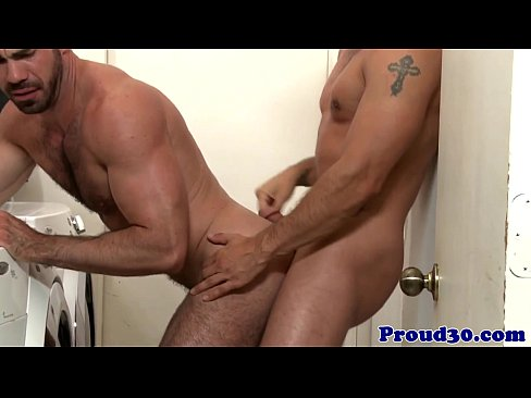 Ripped hunk assfucking before facial cumshot