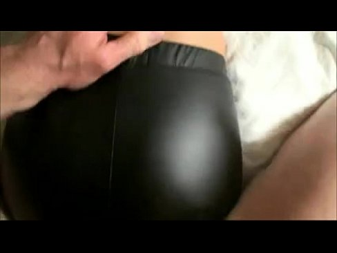 Women in spandex fucking boys, gay guys with spunk on there faces