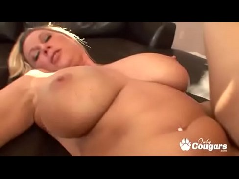 Thick Milf Anal Creampie
