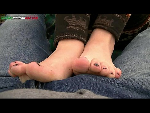 The best cumshot amateur feet запах