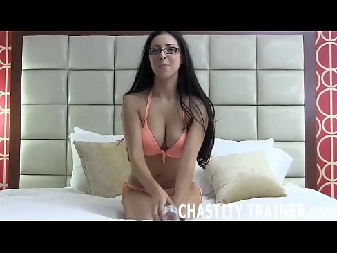 Porn tube Sexy bad girl in jeans