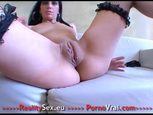 Teen Pussy Being Stretched
