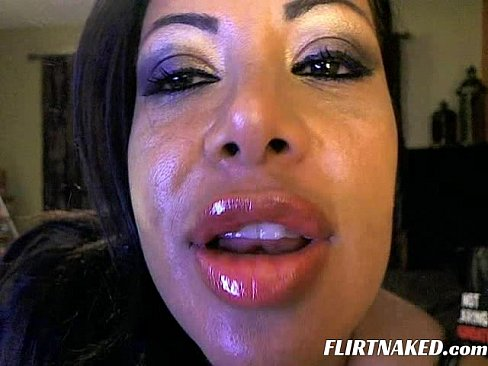 Thick lips blowjob