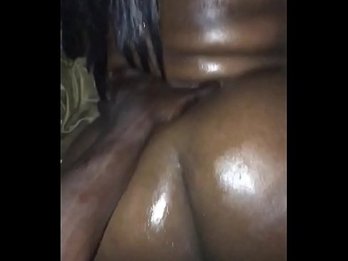 Lightskin Ebony Play Herself