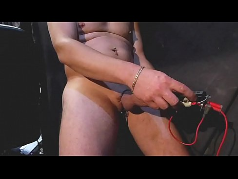Foreskin and peeing #15