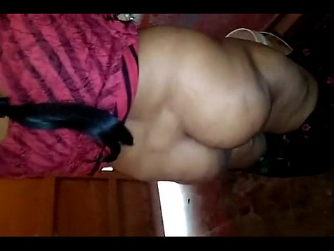 Tamil Aunty Pissing Video