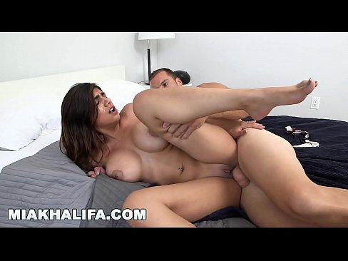 Mia Khalifa Ass Fingered