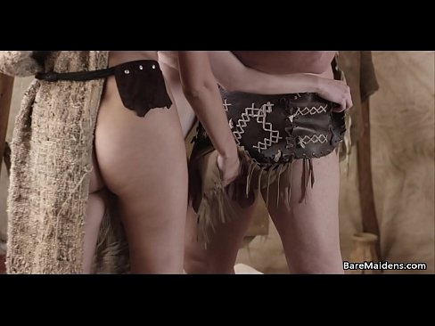 Barbarian warrior and his slaves - XVIDEOS.COM