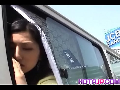 Hot japan girl get fuck on the car
