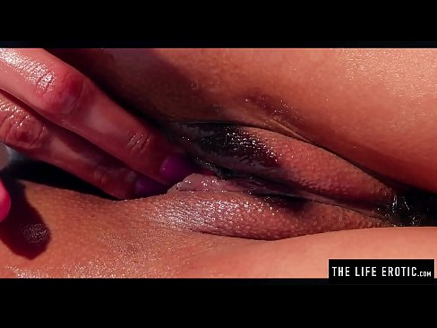 Porn Pics & Moveis Peeing in pussy porn