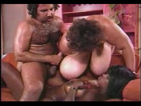 sexest moms show there pussy