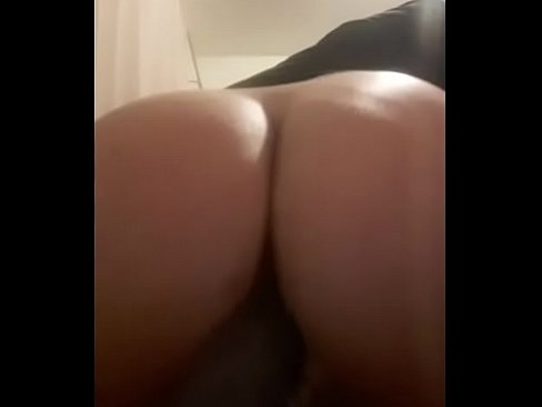 Sbbw solo play moaning and cuming