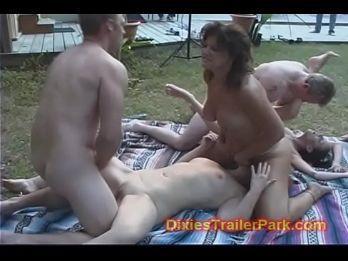 Neighbour has orgy esposa fuera