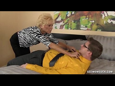 Grannys deep throat blow job