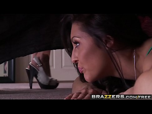 Brazzers - Teens Like It Big -  Banging my Sisters Boyfriend scene starring Gracie Glam and Ramon