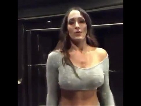 Bellas tits nikki