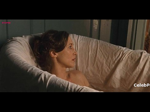 Vera Farmiga absolutely naked