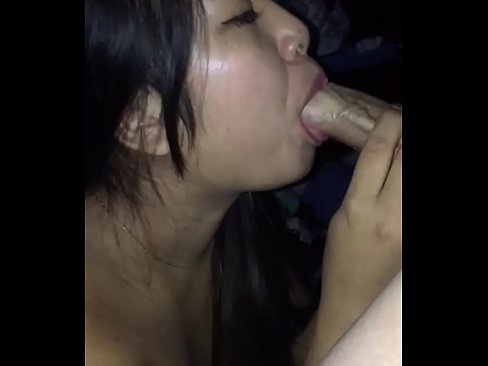 Asian wifey sucking a big cock with ease