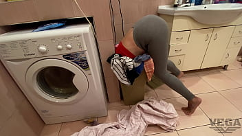 I WANTED TO FUCK SO MUCH THAT I WAS VERY HAPPY WHEN I FOUND MY SISTER STUCK IN THE LAUNDRY BASKET